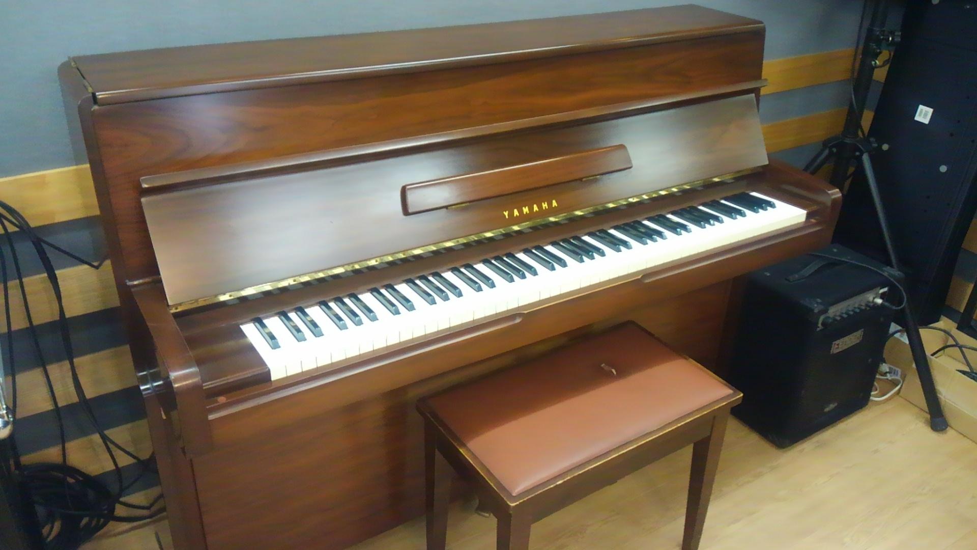 Aスタジオ アップライトピアノ