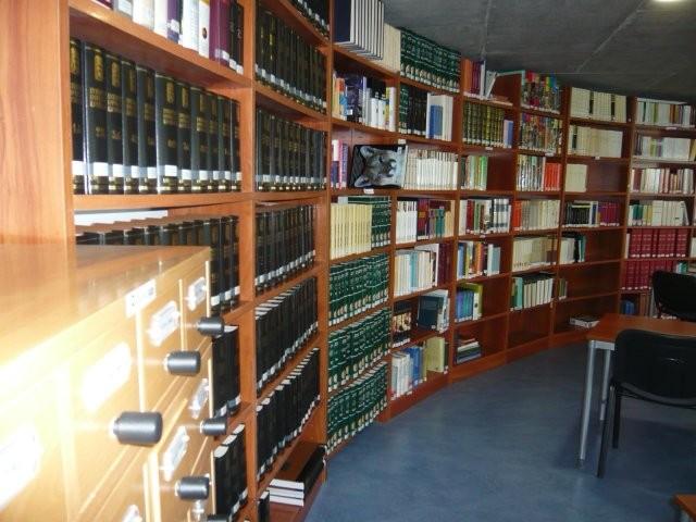Avila - CITES biblioteca