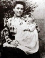 La sorella Margherita con la nipote Odette