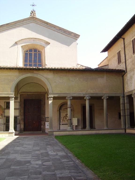 Borgo Pinti - Chiostro esterno