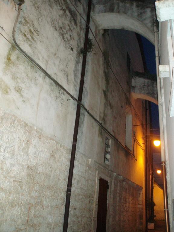 Noci - Via di accesso al Monastero S. Chiara