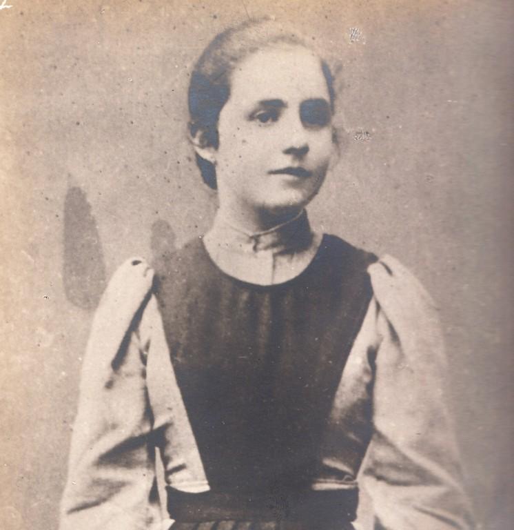 Adelaide Sardi educanda