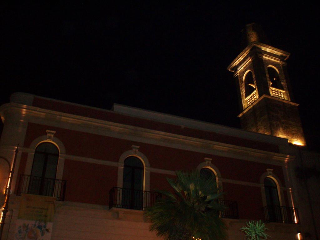Noci - Il Campanile del Monastero S. Chiara