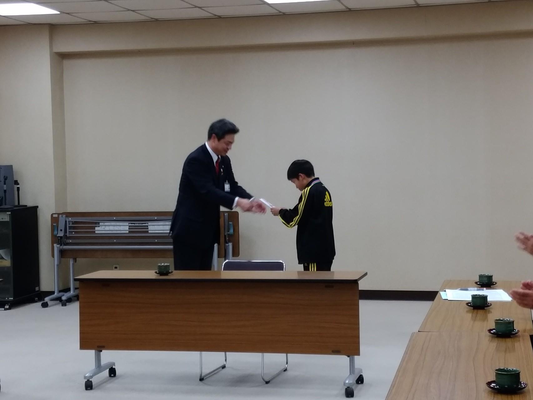 11月18日(水)市長への表敬訪問