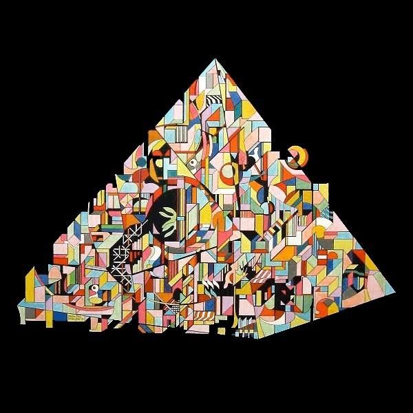 Pyramid 60 x 50 cm ©Marlon Paul Bruin