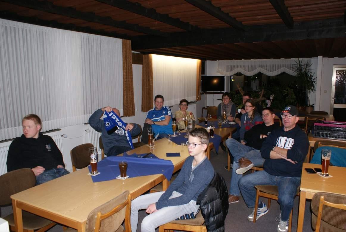 Public Viewing beim Auswärtsspiel in Stuttgart im Januar