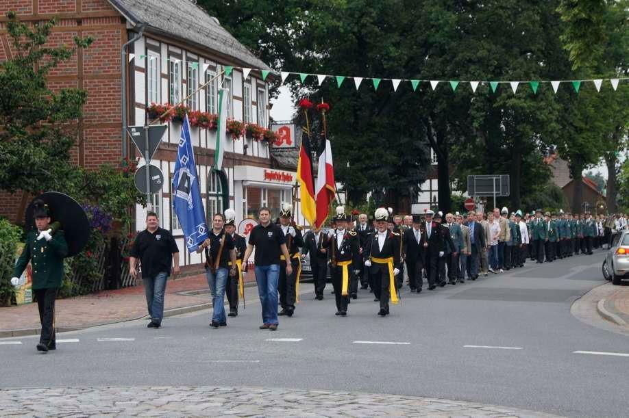 Schützenfest Hankau nach Einladung von Majestät Dicky im Juli