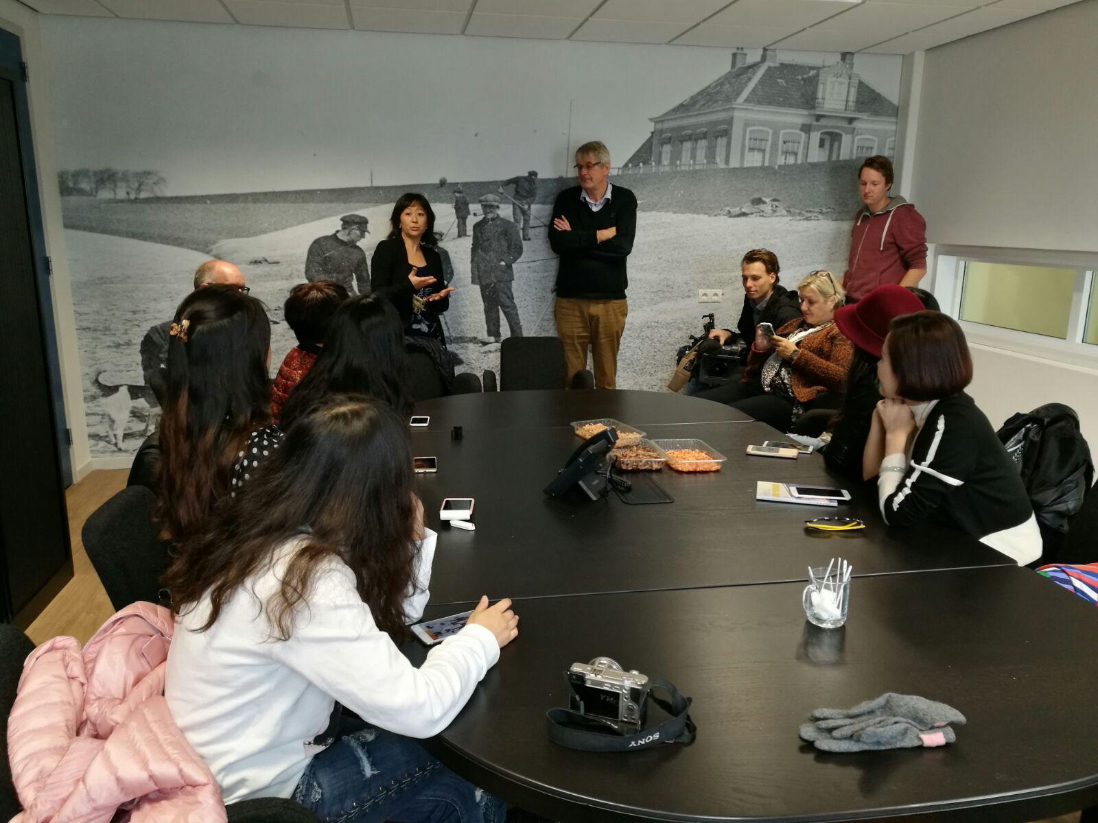 Op bezoek bij Rob Pickert, Telson garnalen in Lauwersoog