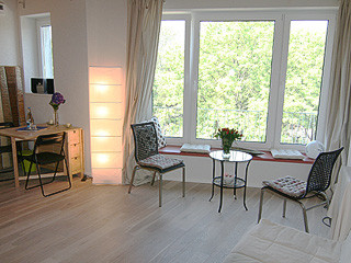 fotos apartment 1 rose my apartments berlins jimdo page. Black Bedroom Furniture Sets. Home Design Ideas