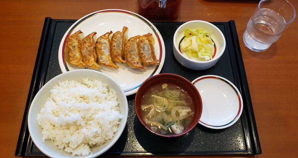 MIYOSHINO、餃子定食