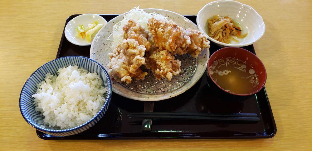 ASAHIYA、炸鶏定食