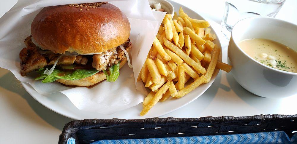CLAPS DINER、炸鶏漢堡包套餐