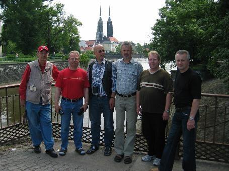 Unsere Alt-Herrenmannschaft 2007 bei einem Abstecher von Wielun nach Wroclaw (Foto privat)