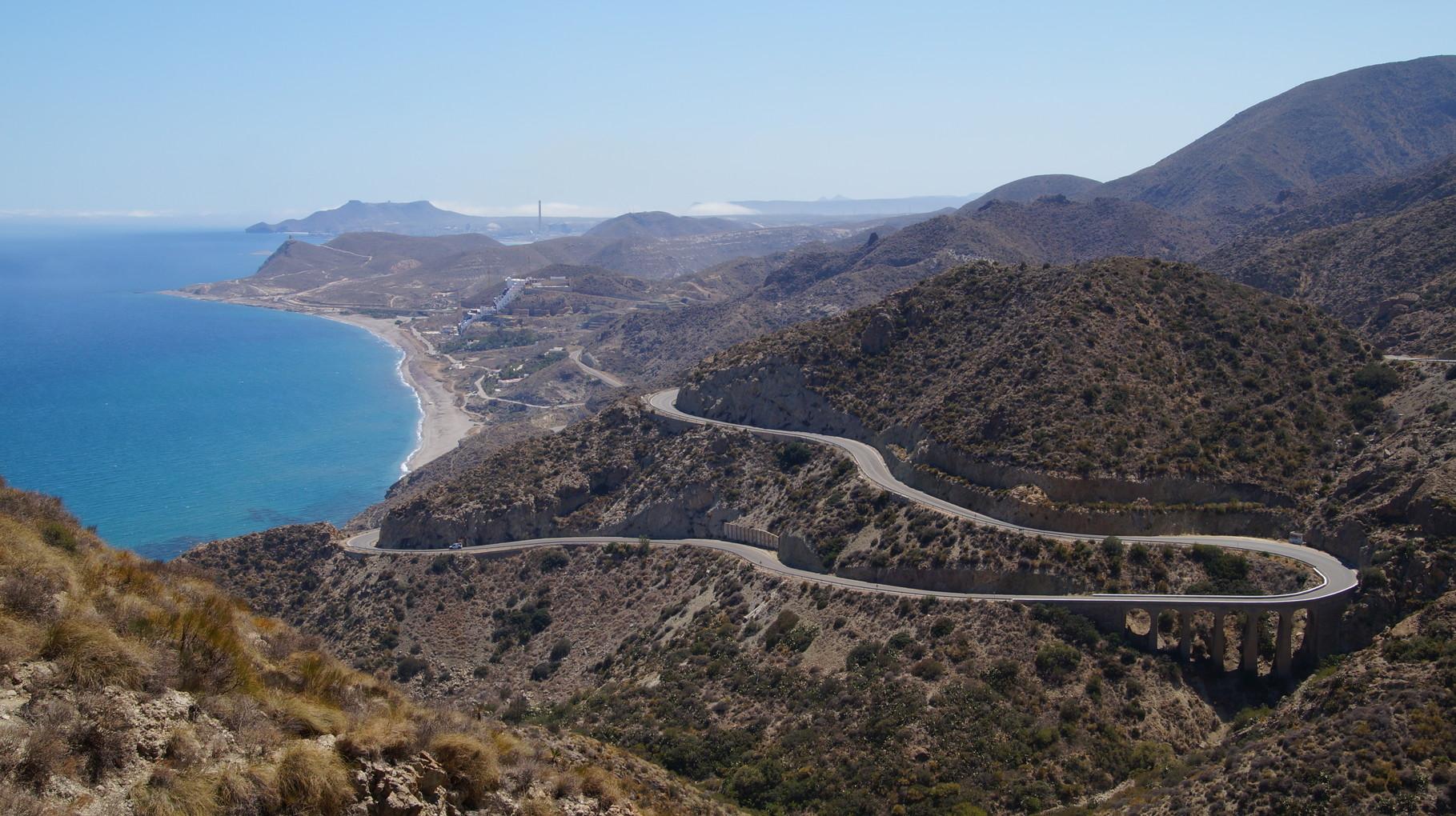 <B>Entlang der Costa Cálida, der heißen Küste, geht es nach Norden.</B>