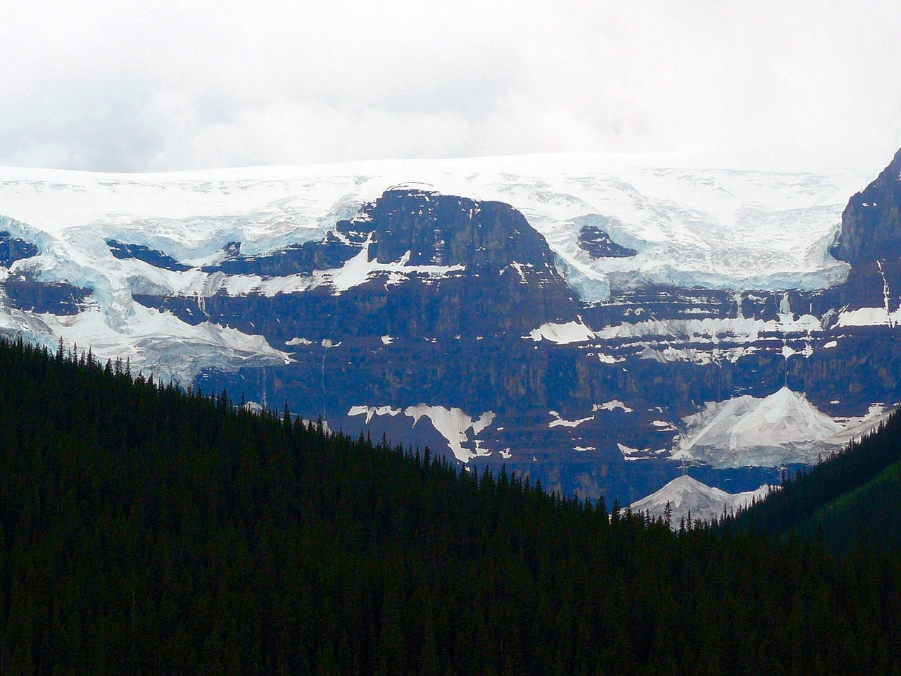 <B>Entlang des Icefields Parkway