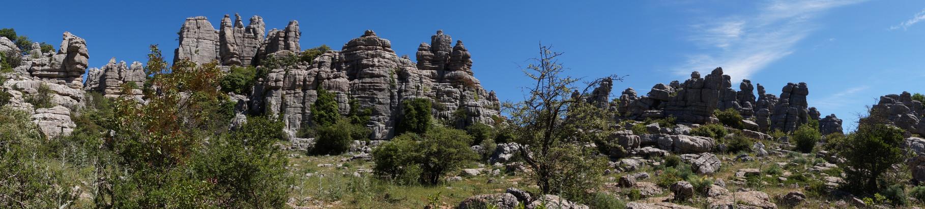 <B>Als öffentlich zugängliches Naturschutzgebiet ist El Torcal für Wanderer und Naturliebhaber ein interessanter Anziehungspunkt.</B>