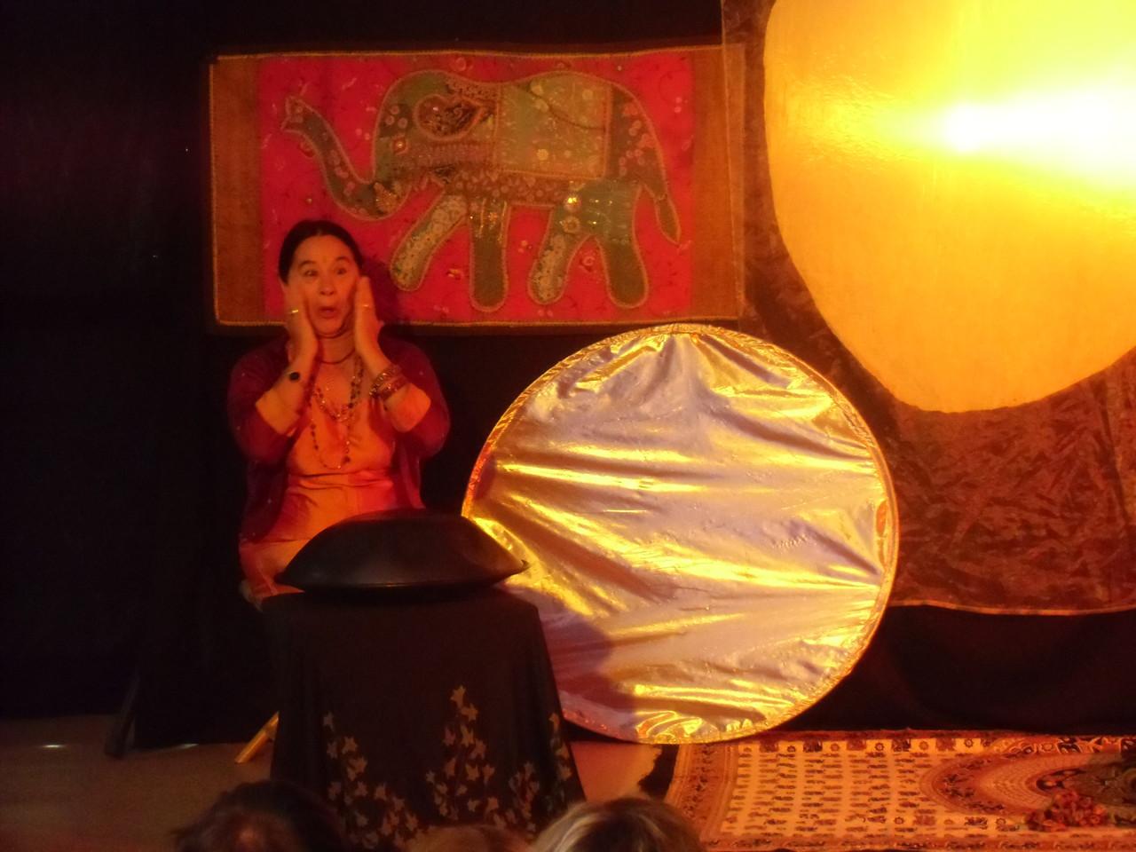 Nanikali, Lune de Safran, contes de l ' Inde Jeune Public