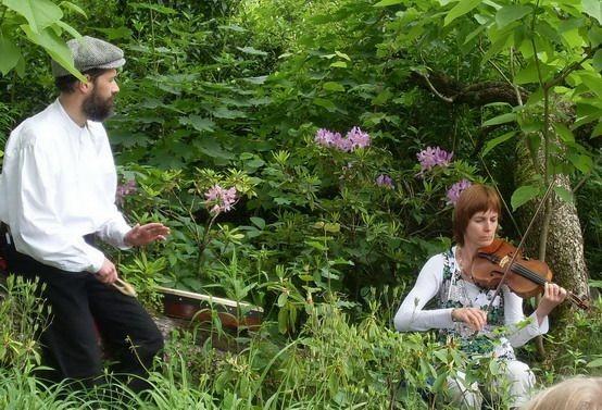 Semaine des Jardins de France Mai 2009 Château de Vizille avec musiciens