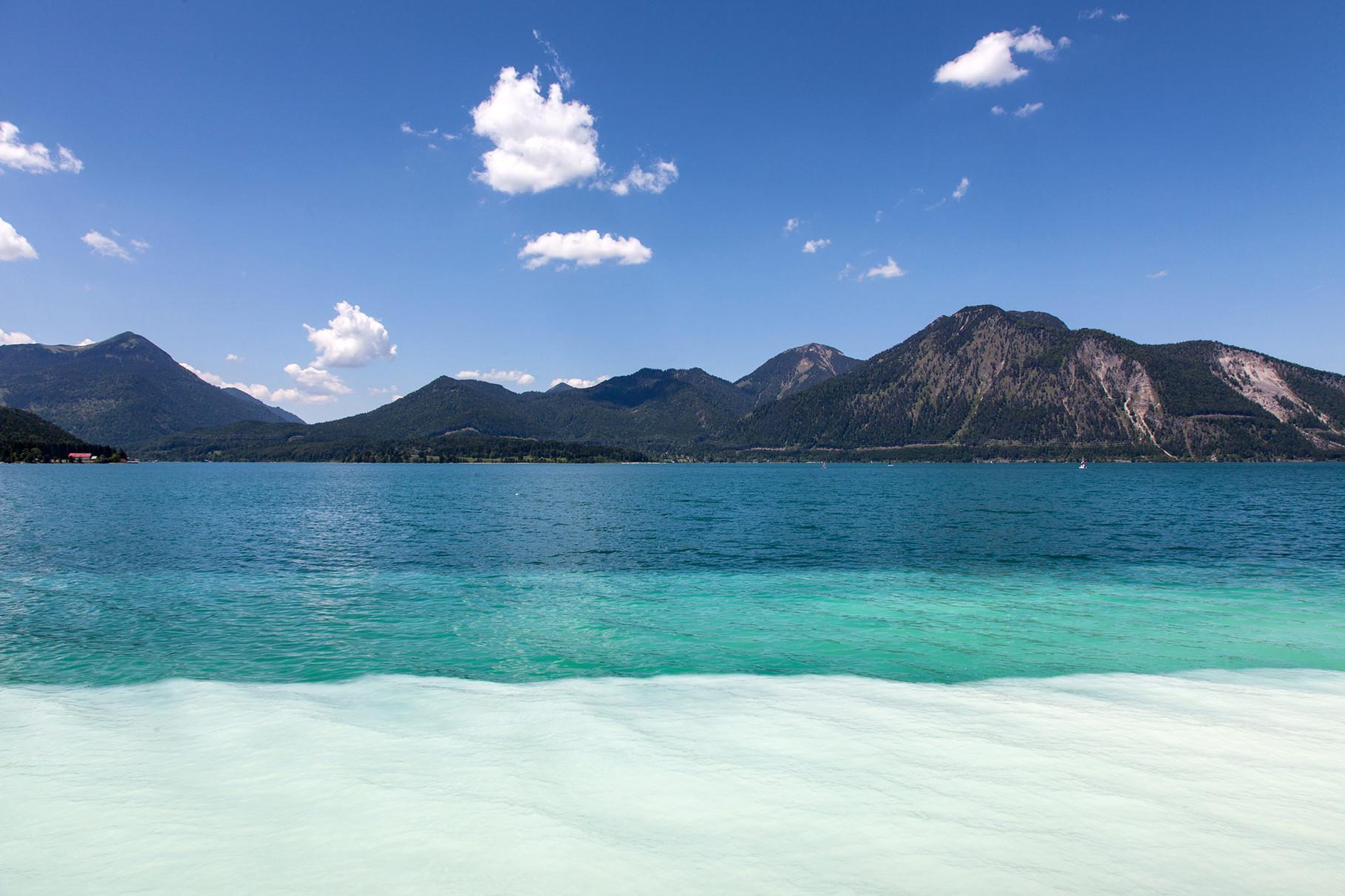 Im Sommer ein Badevergnügen am nahen Walchensee