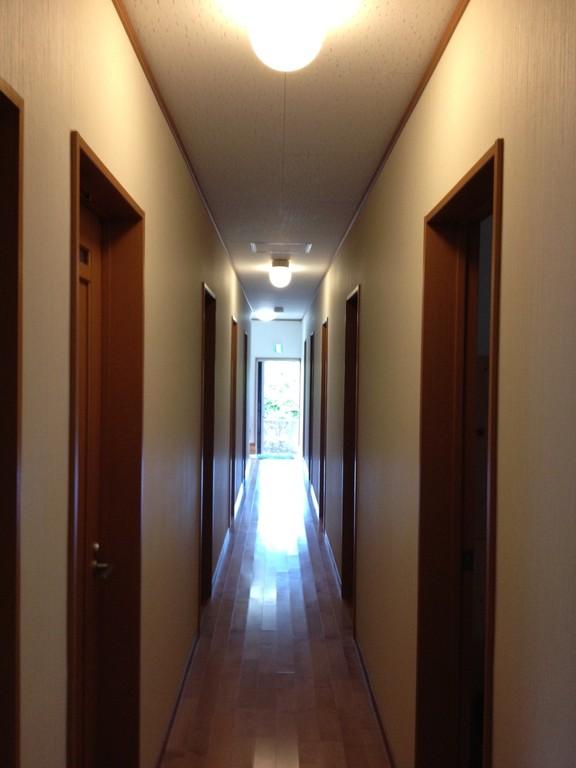 宿内 中廊下