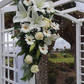 Tu  Boda con la floristería La Pagoda  en las palmas un éxito asegurado con más de 7 años de experiencia en el gremio.