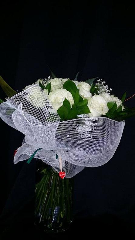 Ramo de rosas blancas de Ecuador.