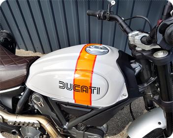 Ducati Tankfolierung mit Folie von Avery Dennison bei Wrap Expert in Lübeck