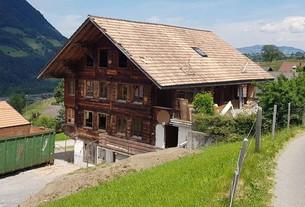 Referenz Luft-Wasser-Wärmepumpe in Scharnachtal von bern.solar