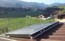 Solarthermie Aufdach Anlage von bern.solar