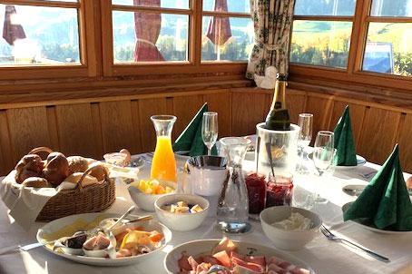 Gedeckter Tisch im Gasthof Hummelei in Oberaudorf