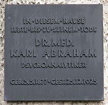 Gedenktafel in der Bismarckallee 14, 14193 Berlin