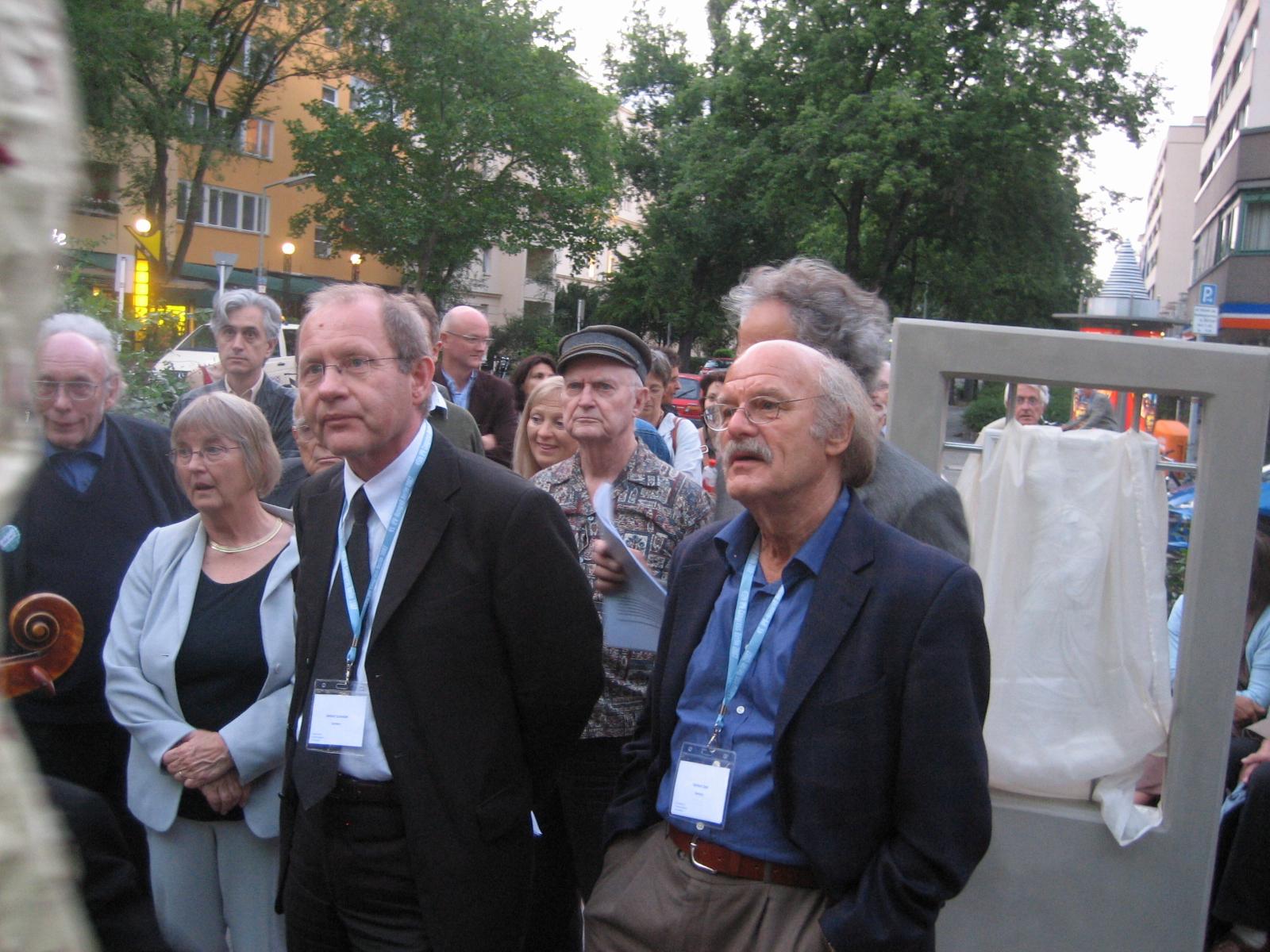 Dr. Gerhard Schneider (links) Vorsitzender der DPV (2008–2010)