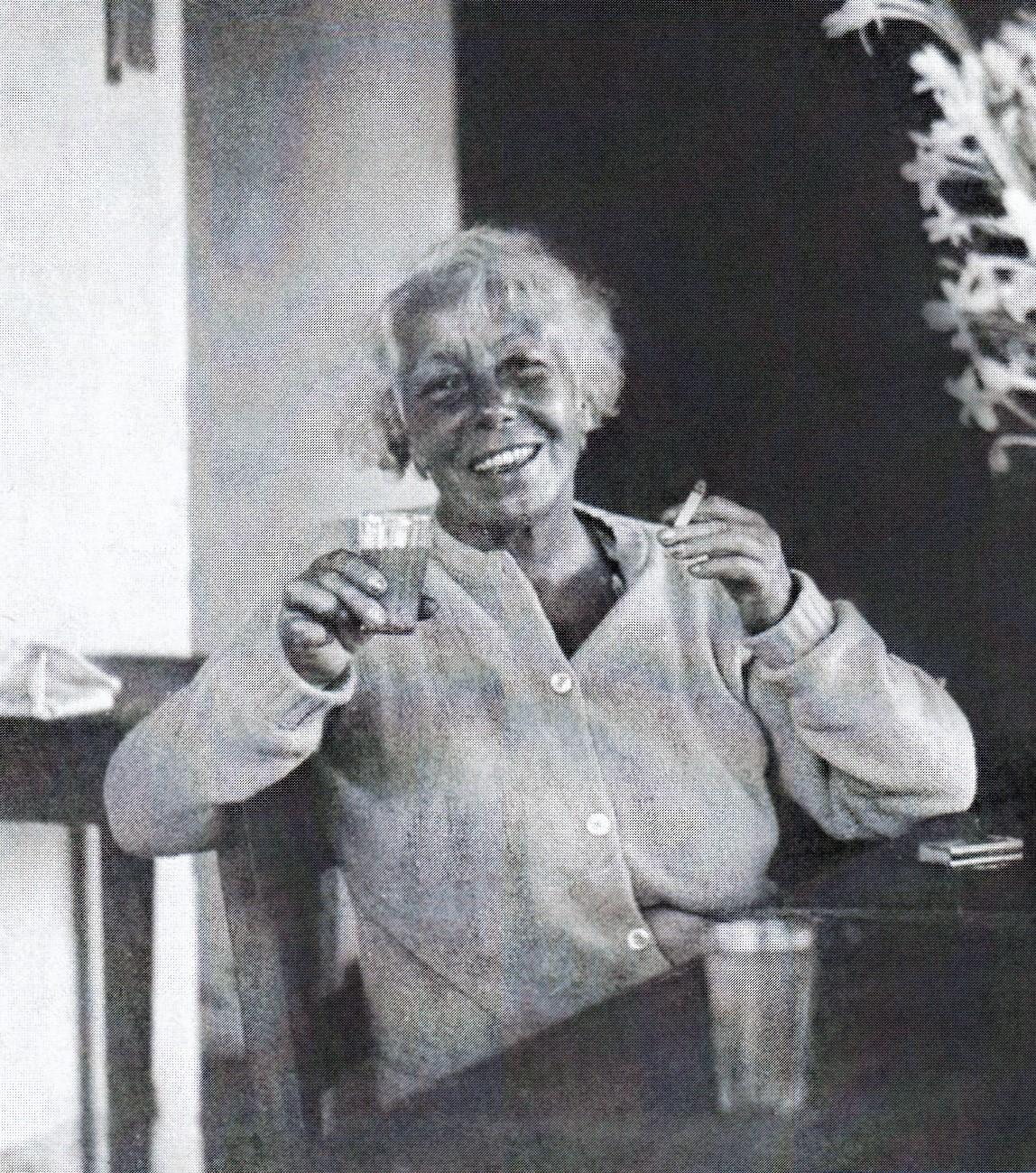 4. Karen Horney, 1947 in Ajijic. Mexiko