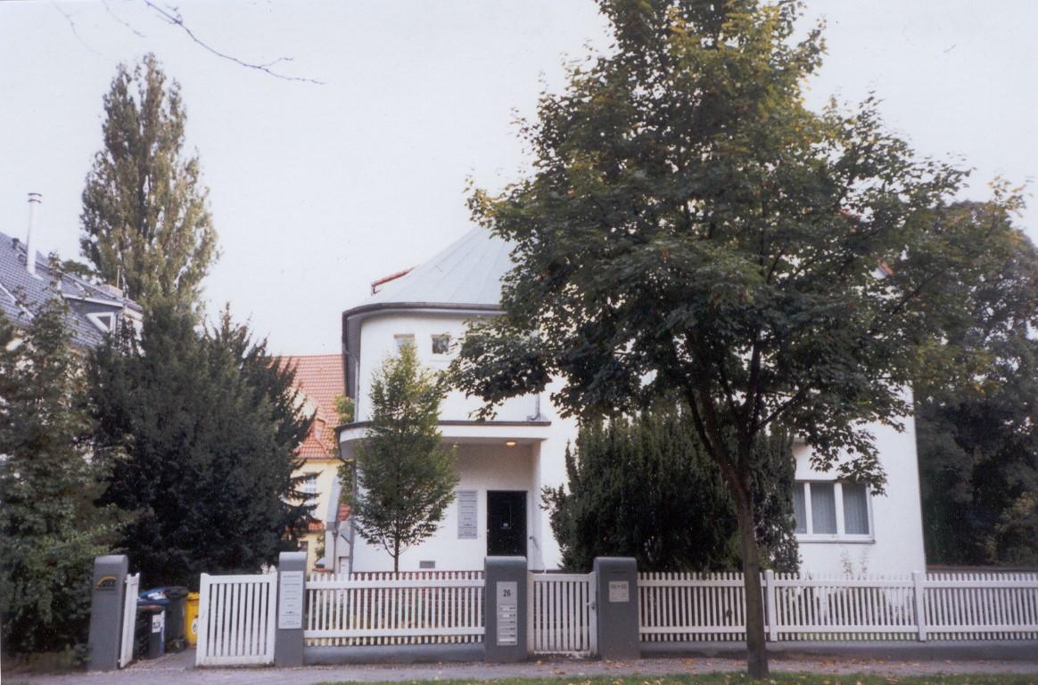 Altensteinstr. 26