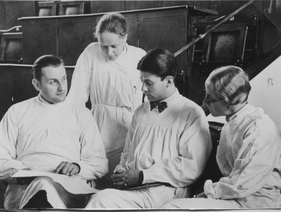 2. Edith Jacobssohn in der Charité