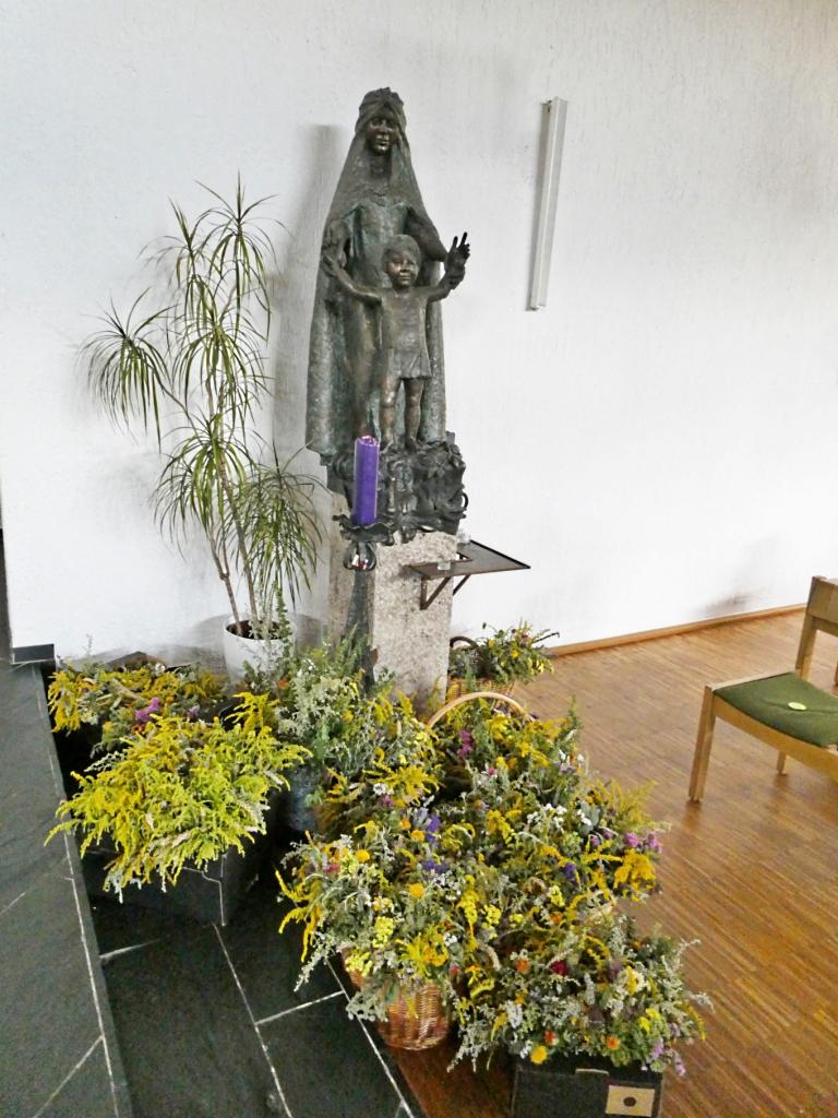 geweihte Kräutersträuße für den Herrgottswinkel zuhause - wir erfreuen gerne unsere Mitchristen mit diesem schönen Brauch
