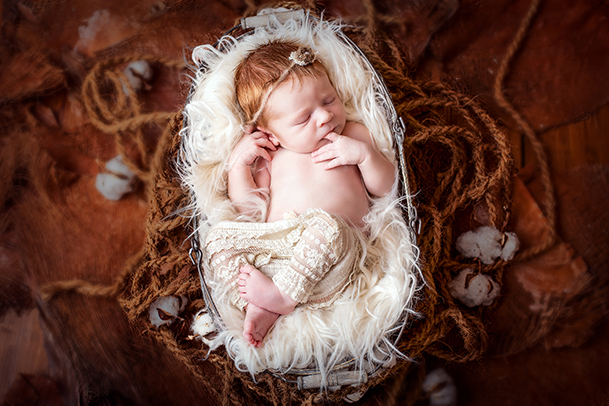 professioneller Babyfotograf