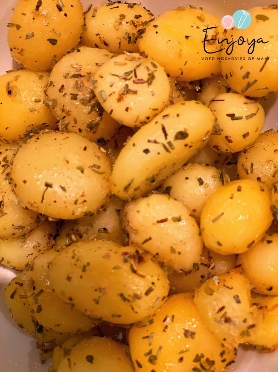 Gebakken aardappeltjes met kruiden