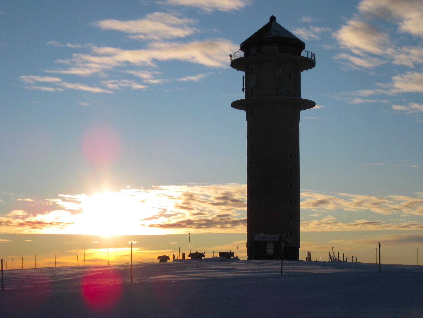 Feldbergturm: Panoramablick auf dem Gipfel