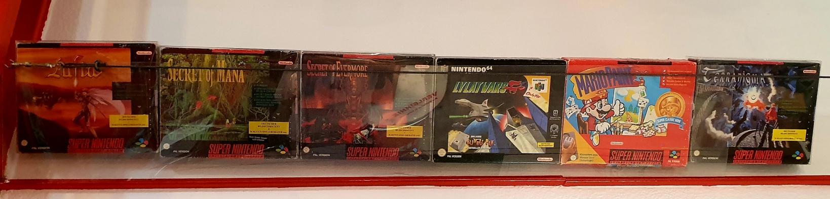 Nintendo Big Boxen hängen bei uns fast an der Decke