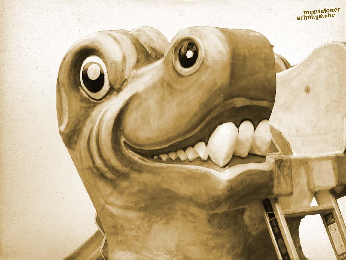 Krokodil, Styropor, Oberfläche aus Epoxydharz und Glasfasergewebe, Acryl, lackiert