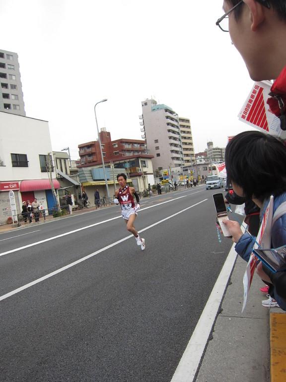 第2区の1位は、早稲田大学!びゅ~ん!