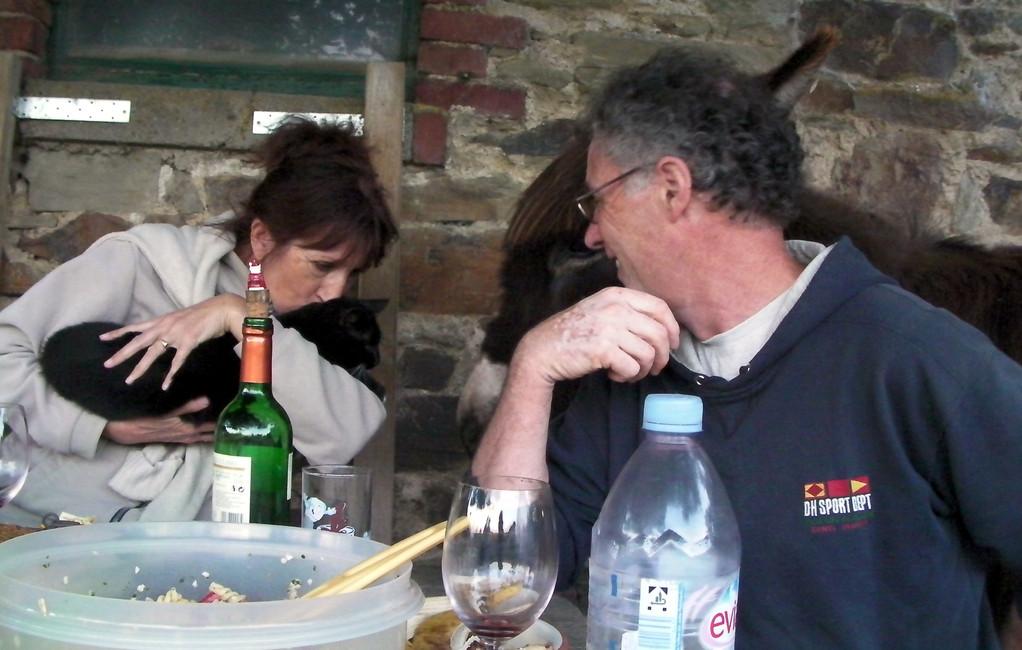 2011: Josette und Jacques beim Abendessen.
