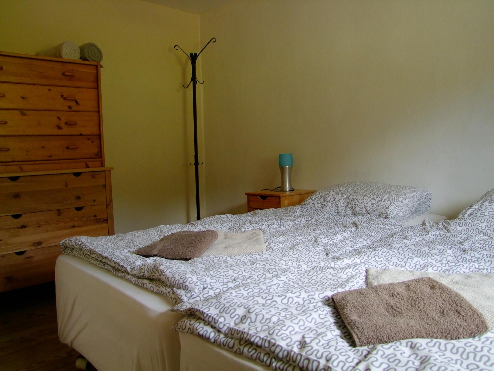 Das untere Appartement: Schlafzimmer
