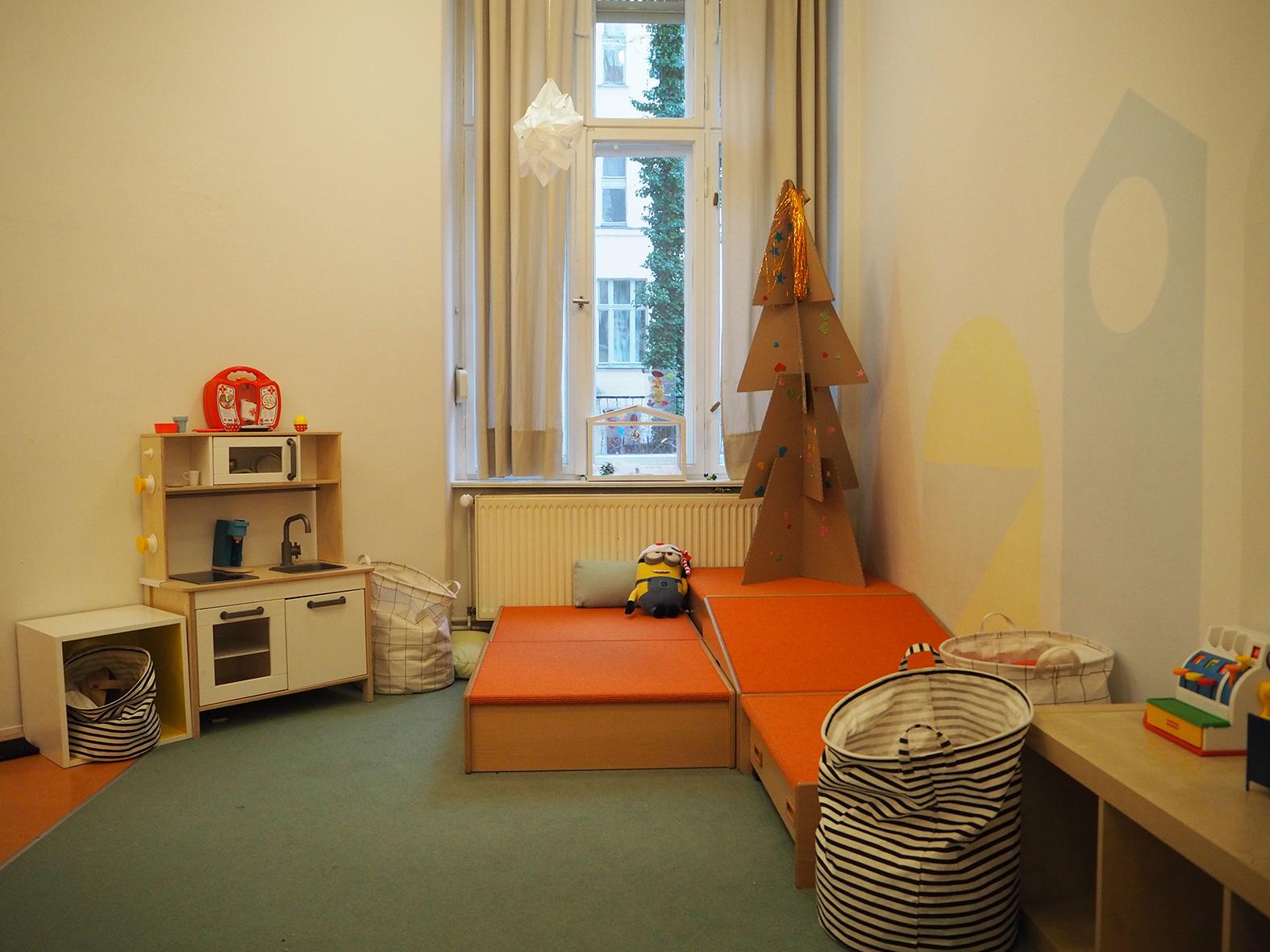 Der Raum für unsere größeren Kinder und unser Essensraum