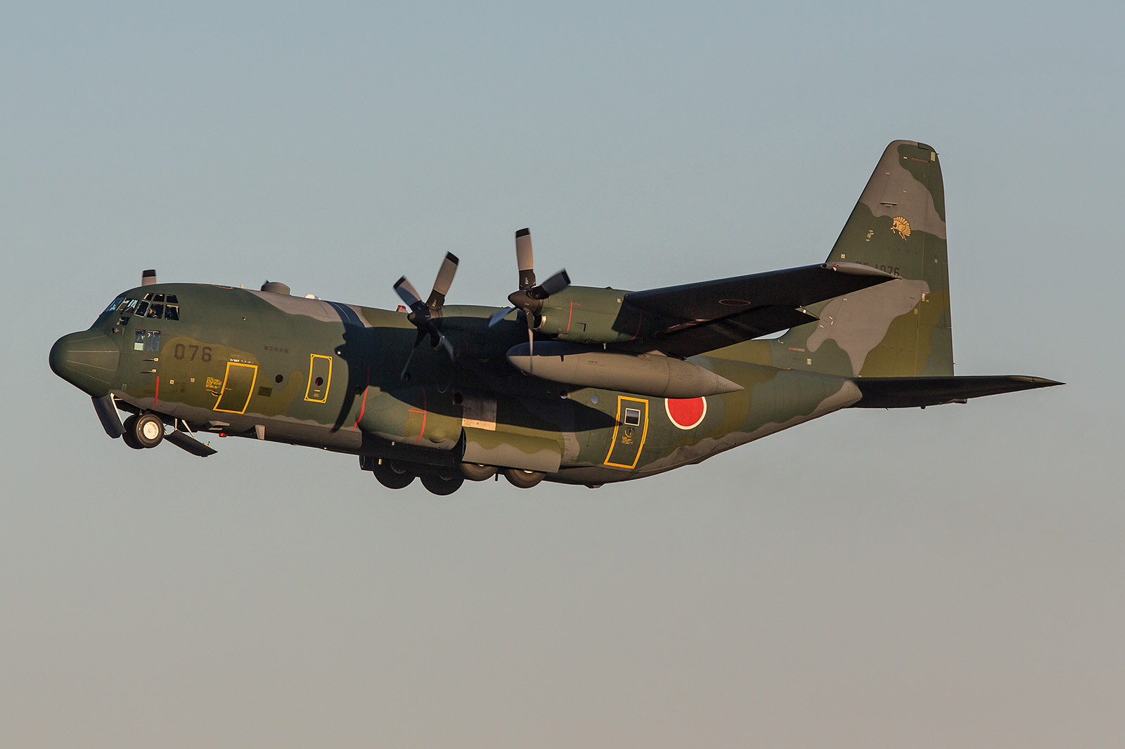 Der letzte Start des Tages war der Abflug der C-130H nach Komaki.