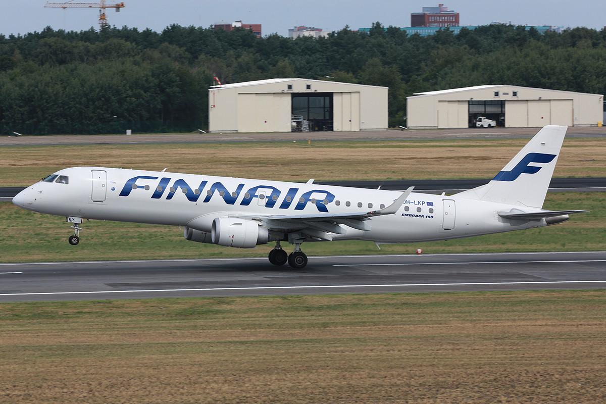 ERJ 190 der Finnar, für meinen Geschmack könnten sie wieder mehr Farbe vertragen.