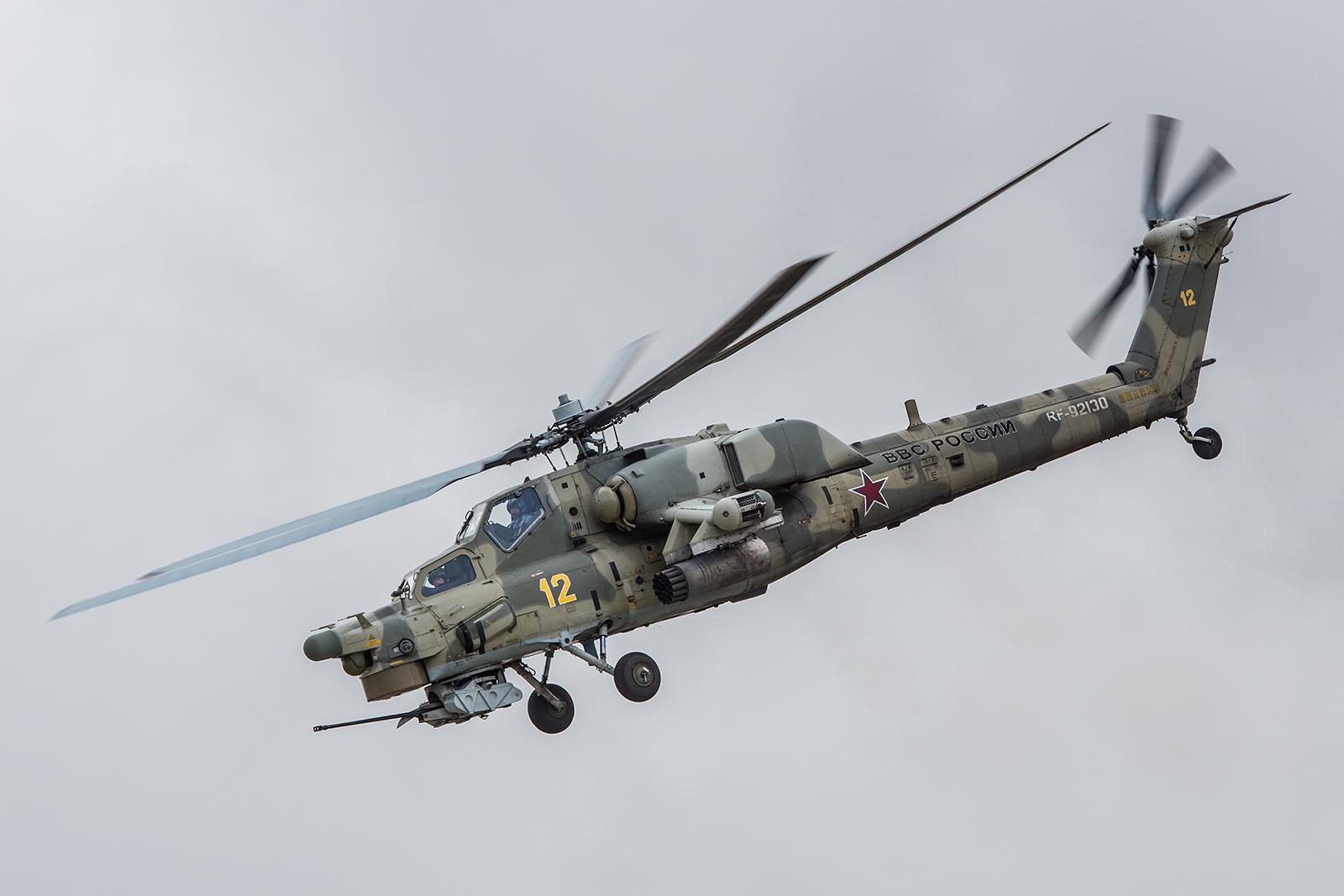 """Die Solomaschine der """"Berkuts"""" in Camouflage."""