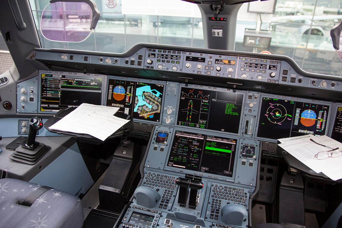 Die HUD´s sind auch im zivilen Flugzeugbau zum Standard geworden.