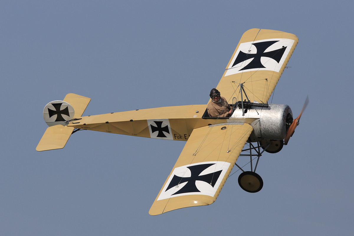 Der Dogfight aus dem Ersten Weltkrieg wurde unter anderem mit dieser Fokker vorgeführt.